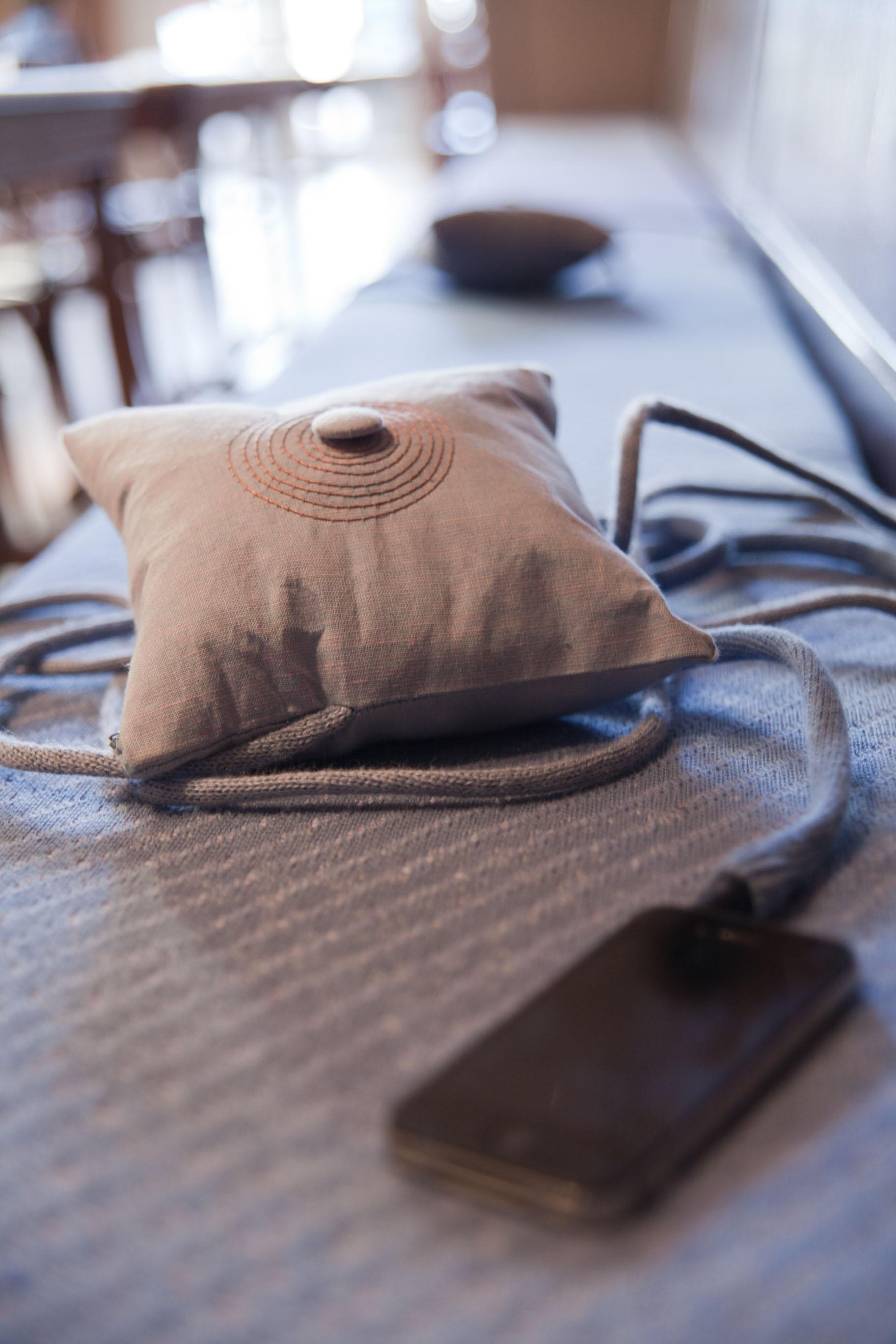 pillow-vooruit-9